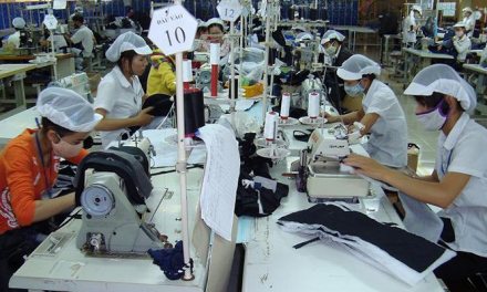 Export outlook for garments Sri Lanka, Vietnam pose competition
