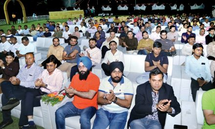 SP Trading organises Motivational Event for dealers and shopkeepers in Surat