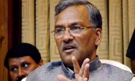 Uttarakhand CM discusses ways to promote textile industry