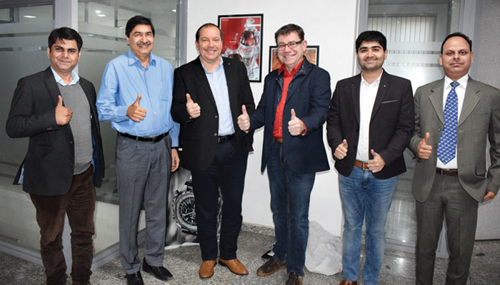 Zschimmer & Schwarz associates with Ceradecor For marketing pre & post chemicals in India
