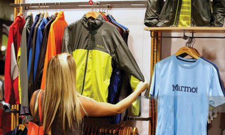 US clothing retail sales up 8.2 per cent
