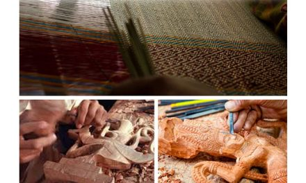 Indian Textiles Ministry honours weavers, artisans