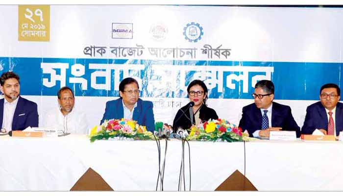 Bangla RMG exporters demand 5 per cent cash incentive