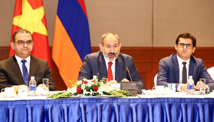 Armenian PM seeks to boost trade with Vietnam