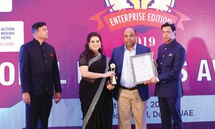 Muzammil Usmani receives Global Leader Award 2019