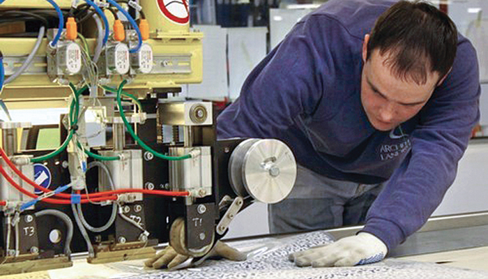 Can welding replace sewing in the garment industry?