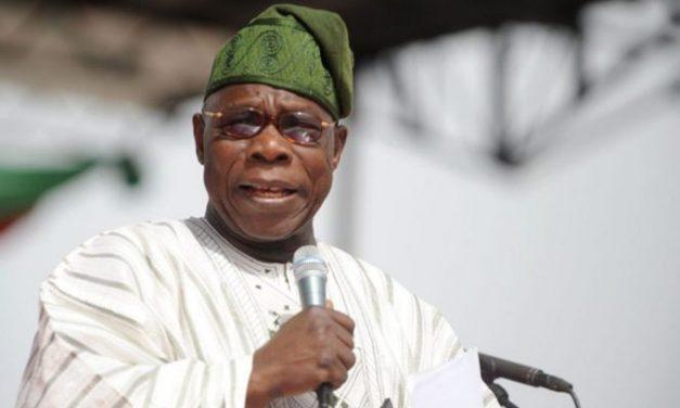 Obasanjo inaugurates Adire textile factory in Ogun