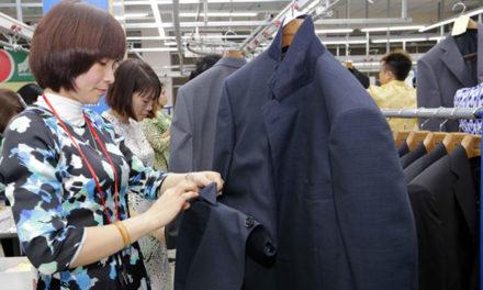 Trade surplus reaches record high in Vietnam
