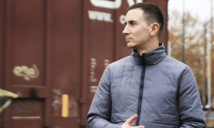 New thermally responsive jacket adjusts as weather fluctuates
